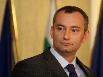 Николай Младенов обсъдил със Сергей Лавров близкоизточния мирен процес
