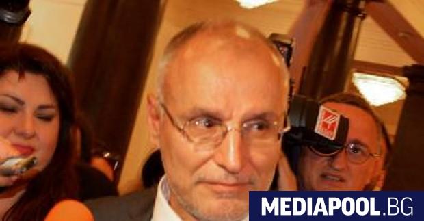 Димитър Радев България не бива да бъде спирана, а да