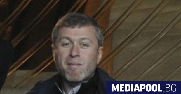 Великобритания не е продължила визата на Роман Абрамович за престой