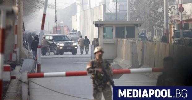 Няколко мощни експлозии и стрелба с огнестрелно оръжие бяха чути