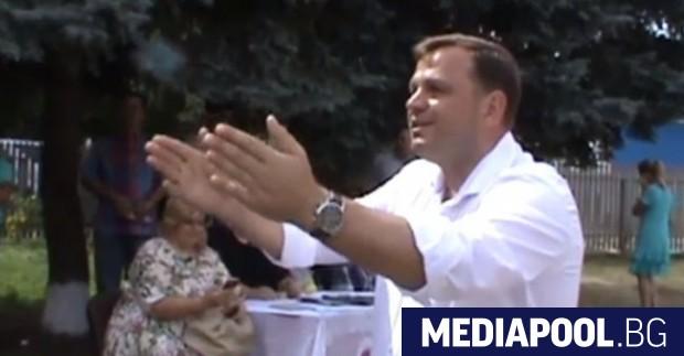 Андрей Нъстасе Проевропейски кандидат, противник на олигарсите и проруската политика,