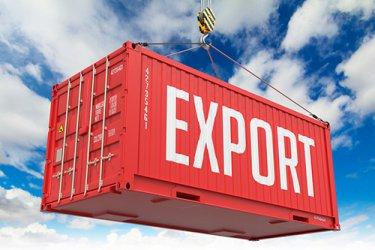 Износът за трети страни спада с 15.6% към април