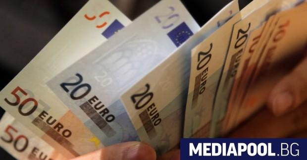 Жизненият стандарт в България продължава драматично да изостава от този