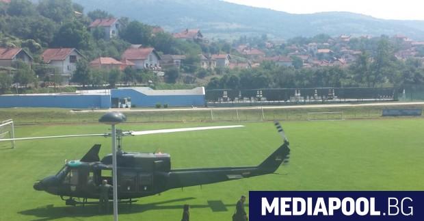 Радев и Вучич пристигнаха с хеликоптер в Димитровград, сн. БГНЕС
