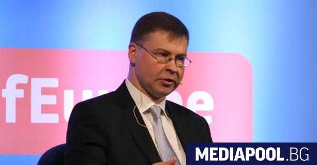 Валдис Домбровскис, сн. БГНЕС България трябва да внесе стотици милиони