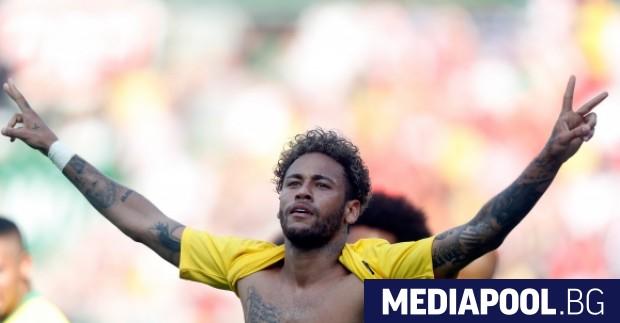 Снимка: Неймар се изравни с легендата Ромарио по голове за Бразилия