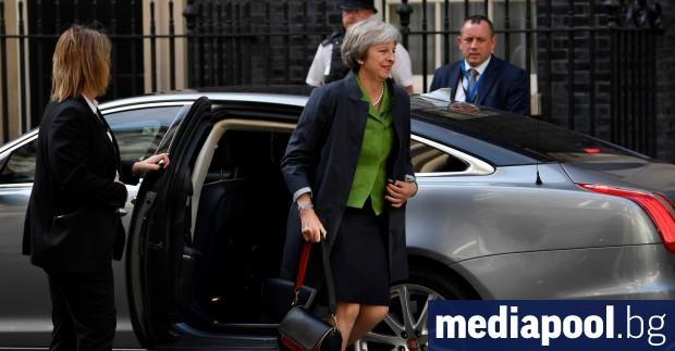 Тереза Мей Депутатите в долната камара на британския парламент отхвърлиха