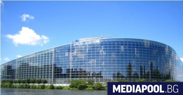 Сградата на ЕП в Страсбург Безкрайната битка за това къде