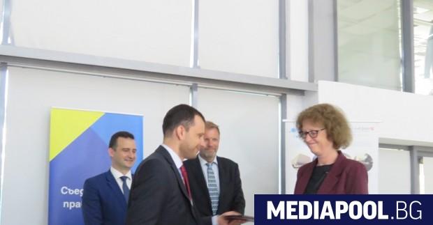 Иван Иванов и Грете Одегард подписаха програмното споразумение Удвояват се