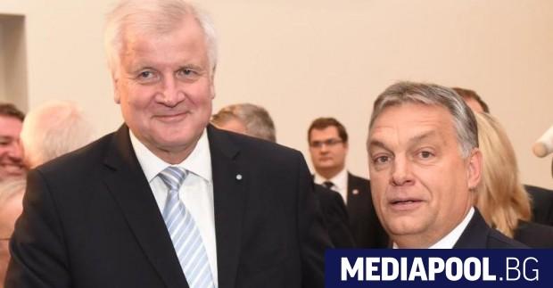 Хорст Зеехофер с унгарския премиер Виктор Орбан през октомври 2016
