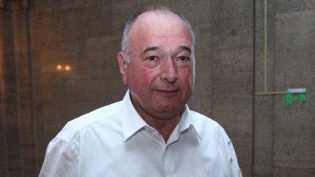 Левицата с двама депутати по- малко: Земеделците на Спас Панчев изоставиха БСП
