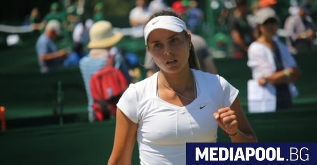 """Снимка: Виктория Томова излиза срещу Серена Уилямс във втория кръг на """"Уимбълдън"""""""