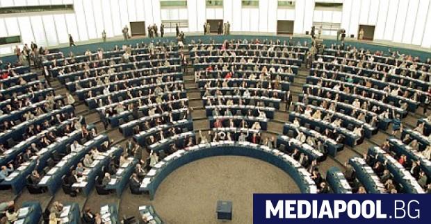 Снимка: Европарламентът отложи приемането на пакета Мобилност за превозвачите