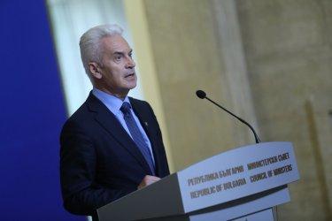 """""""Атака"""" иска да задължи с договор Македония да не спекулира с историята"""