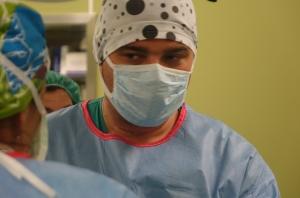 Екипи от три болници спасиха жена с напреднал рак на маточната шийка