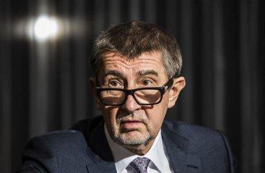 """Чешкият премиер обеща да защити """"цивилизацията"""" от мигрантите"""