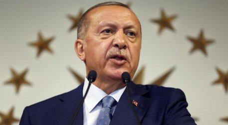 Във всяко полицейско управление в Турция ще има портрет на Ердоган