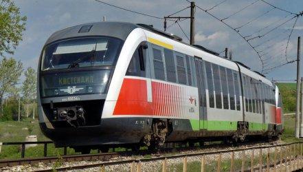 КЗК спря временно търга за новите влакове на БДЖ