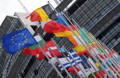 Европейската комисия подкрепя обособяване на войски на ЕС