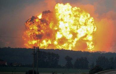 Четирима загинаха при взрив в завод за пиротехника в Русия