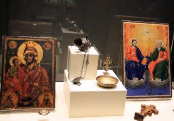 Изложба събра стотици спасени от иманяри антики на България