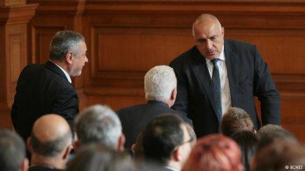 Борисов става все по-безсилен. Какво предстои?
