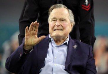 Почина Джордж Буш-старши