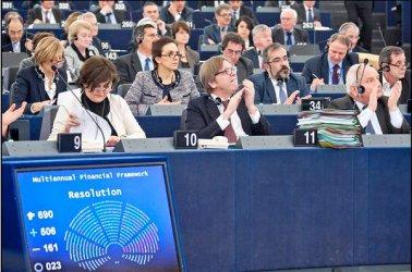Купен и манипулиран евровот очакват масово българите