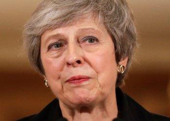 Брекзит вкара Тереза Мей в най-голямата криза в нейното управление