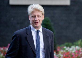 Британски министър подаде оставка заради Брекзит и поиска нов референдум