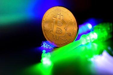 Бийткойнът продължава да се срива при задълбочаваща се криза на пазара на криптовалути