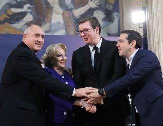 Борисов в Белград:  Само миграцията може да потопи Балканите