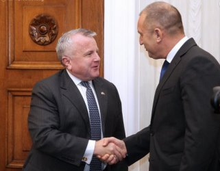 Президент и премиер се срещнаха със зам.-държавния секретар на САЩ