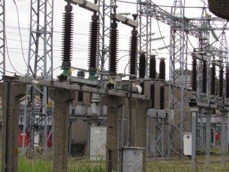 Заради скъпия ток за бизнеса БСП иска изслушване на енергийния министър