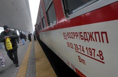 БДЖ вози пътниците до Перник с автобуси заради инцидент