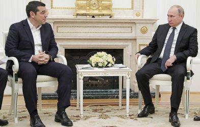 Гърция предупреди Русия да не се меси във вътрешните й работи