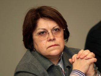 """Татяна Дончева: Изтребителите може да """"уволнят"""" правителството"""