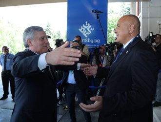 """Пакетът """"Мобилност"""" да остане за след евровота, поиска Борисов от Таяни"""