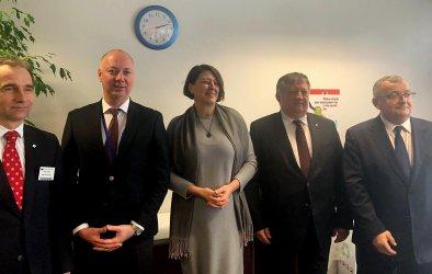 Транспортният министър е оптимист за евроотстъпки пред превозвачите ни
