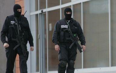 """Десетки арестувани за финансиране на тероризъм чрез """"древна система"""""""