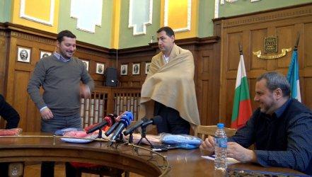 Кметът на Пловдив: Лодката на критиците потъва рязко и видимо