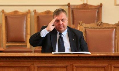 Каракачанов: Не съм пастор, няма да убеждавам Валери Симеонов за изтребителите