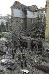 "Падналата сграда на ул. ""Алабин"" рухнала от старост и липса на грижи"