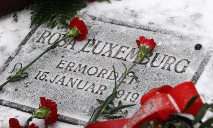 Силно разделената левица в Германия чества 100 години от смъртта на Роза Люксембург