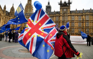Икономическият растеж на Великобритания е най-слаб от 2012 г. насам