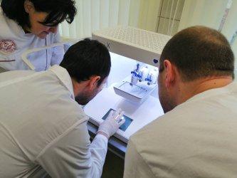 Първият в страната биопринтер заработи в Медицинския университет в Пловдив