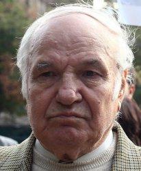 Близки се простиха с Тодор Кавалджиев, вицепрезидент на България 1997 – 2002