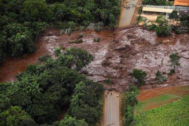 Петима инженери арестувани след трагедията с хвостохранилище в Бразилия