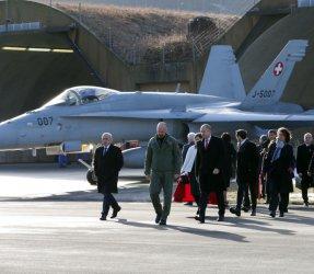 Радев в Швейцария: Разкриването на банковата тайна, борбата с корупцията и F-18