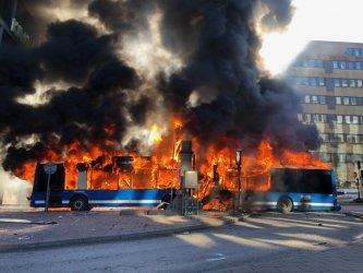 Автобус се взриви в центъра на Стокхолм